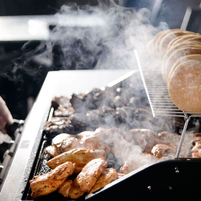 BBQ-cooking-2-gallery.jpg